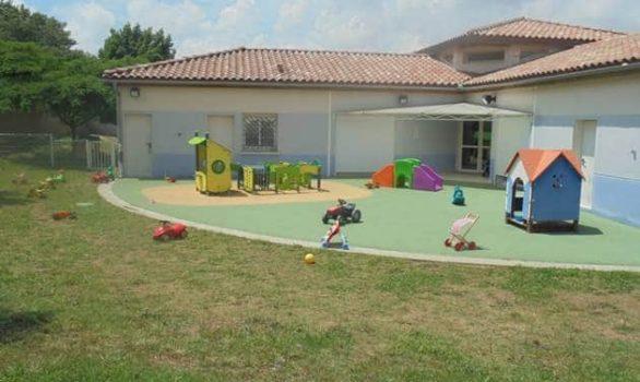 Gignac-La-Nerthe_Creche-Jardins-des-Myrtes-4