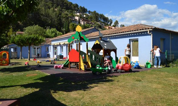 Sollies-Toucas_Creche_IleBleue